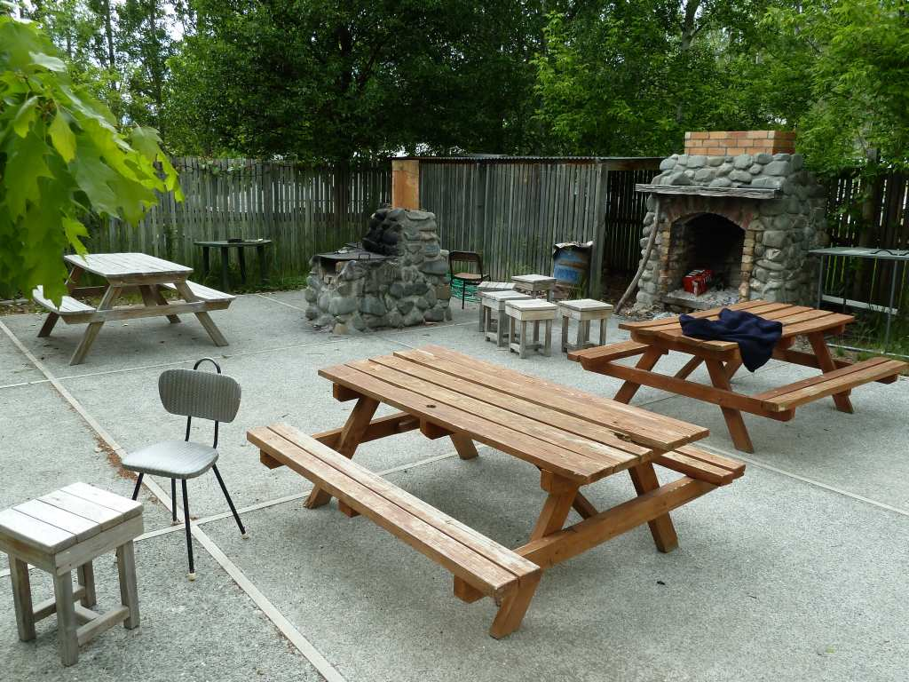 BBQ area, click to enlarge